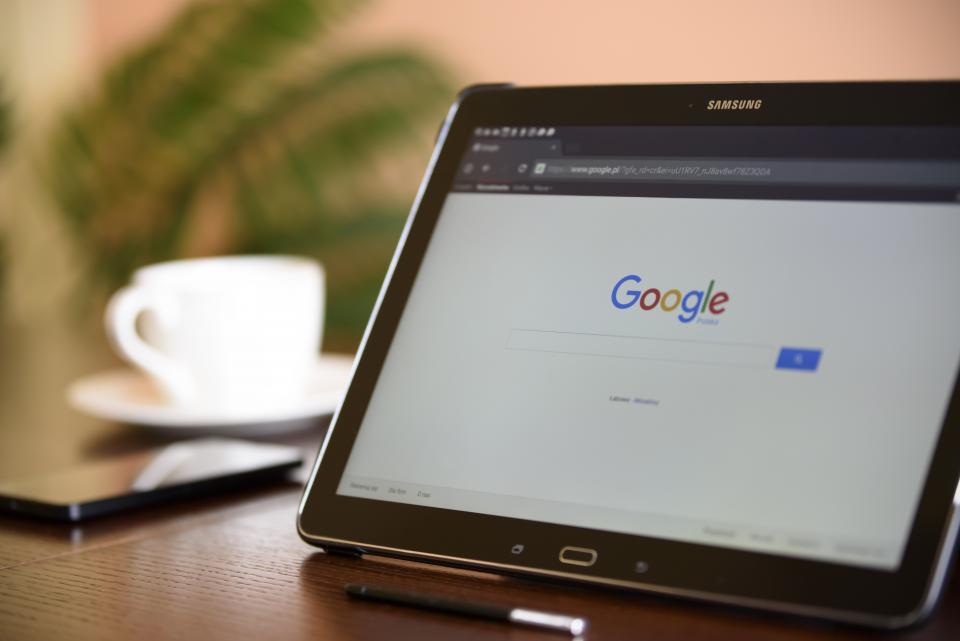 Google 検索 分析 アクセス数