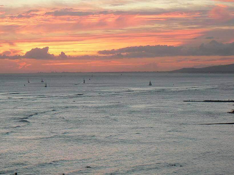 ハワイ サーフィン ワイキキ