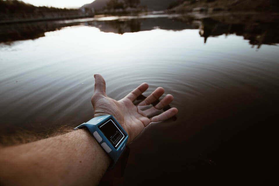 サーフィン 腕時計 人気 おすすめ